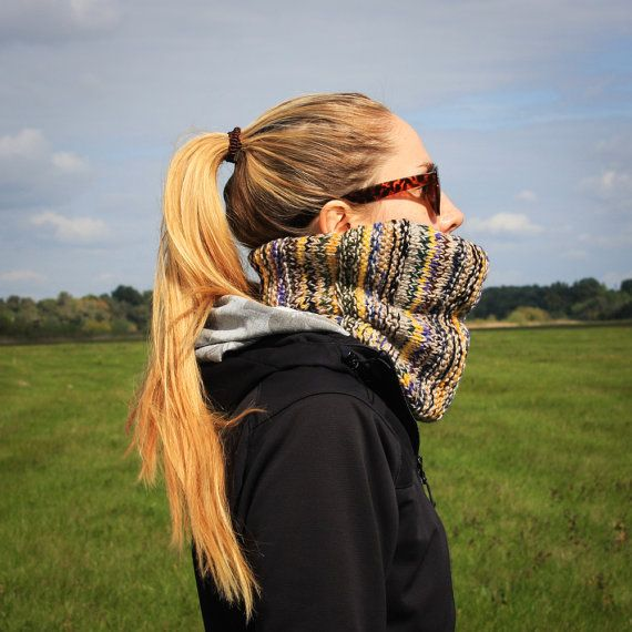 Multicolored Flecked Knit Neckwarmer / Fall Winter Color Shawl / Color Changing Hippies Style Neckwear / Warm Brown Green Blue Yellow Shawl