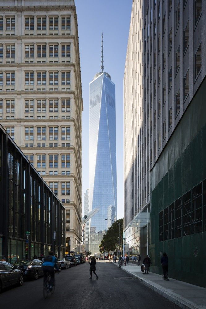 Images of SOM's Completed One World Trade Center in New York