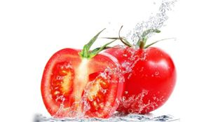 Benefits of eating tomatoes. Cooked maybe better for us all.