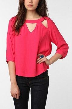cutouts!: Cute Tops, Urban Outfitters, Bright Pink, Style, Cooper Triangles, Pink Shirts, Cutout Blouses, Cut Outs, Triangles Cutout