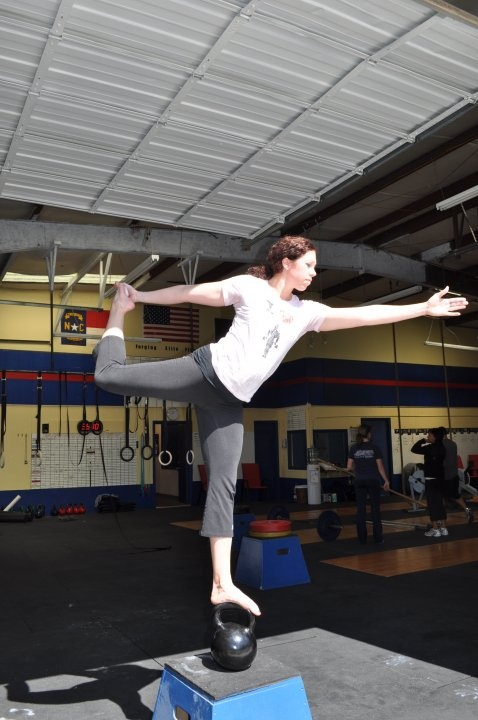 Now that's a real challenging balance exercise!! #Crossfit