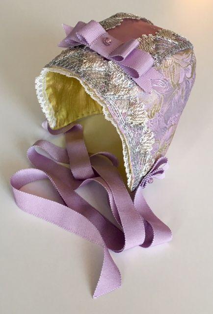 Christening bonnet, silk
