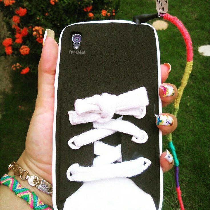 Carcasa #Converse en foami #diy #case #Phone