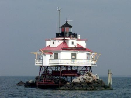 Thomas Point Lighthouse,  Annapolis, MD: Chesapeake Lighthouses, Maryland Lighthouses, Lights House, Bays Lighthouses, Favorite Lighthouses, Chesapeake Bays, Shoal Lighthouses, Thomas Points, Points Lighthouses