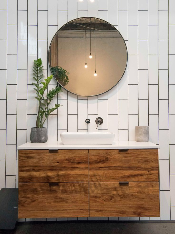 When Bathroom Ideas Become Rookie Style Mistakes