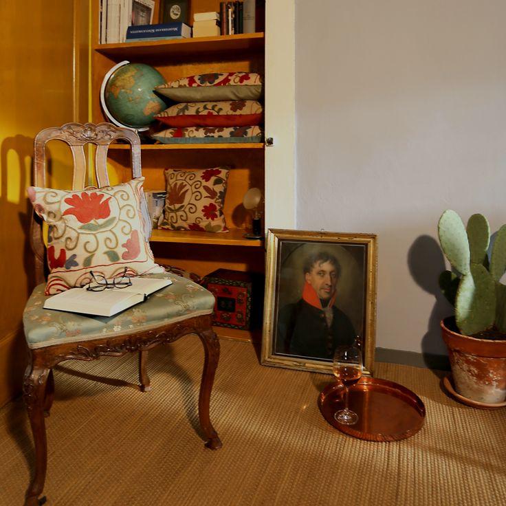 Schulze London interior design. #cabinet #cushion #art #midcenturyglobe #cactus #design #handcraft #schulzelondon #london #antique #vintage #library