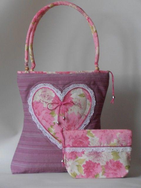 Csíkosan szõtt pamutvászon táska szív motívummal, hozzáillõ neszivel