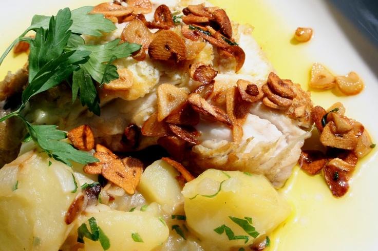 Chicharro con ajos fritos y patatas. #Cantabria #Spain #Travel #Food #Gastronomy