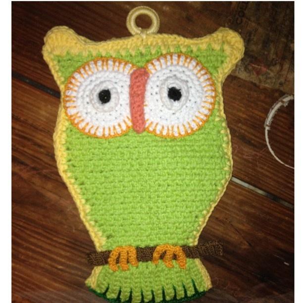 Owl potholder. Pattern on freevintagecrochet.com @Purple ...