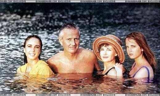 Eva Green - French Actress - & Family - Twin Sister Joy, Walter Green - Dentist - & Marlene Jobert - French Actress