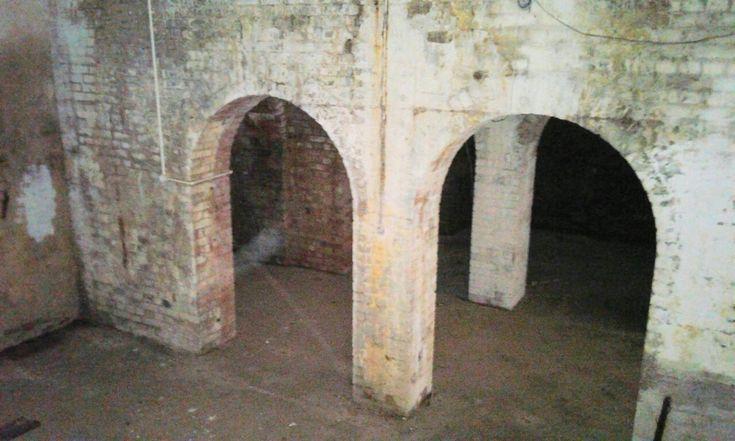 Edwin Lutchens designed arches in Brighton