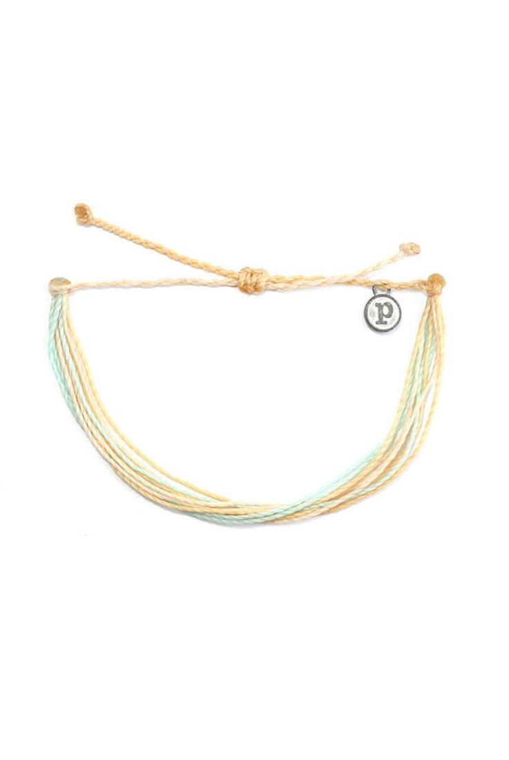 Charm Bracelet - peace of i-lila/gold by VIDA VIDA SpBtJ
