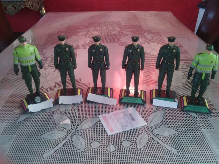Figuras de policias wtssp 3152305093