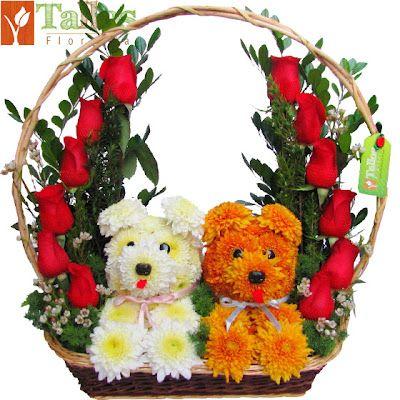 Parejita de cachorros. Mascotas florales.
