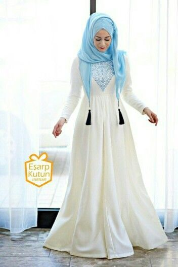 3-white-abya-with-different-color-hijab-ideas-11