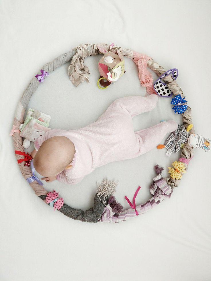 Sensory Hula Hoop für das Baby – Beschäftigung, Lernen und Spielen in einem …   – Baby