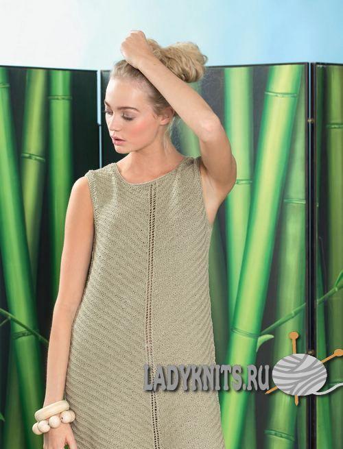 Вязаное спицами простое летнее платье