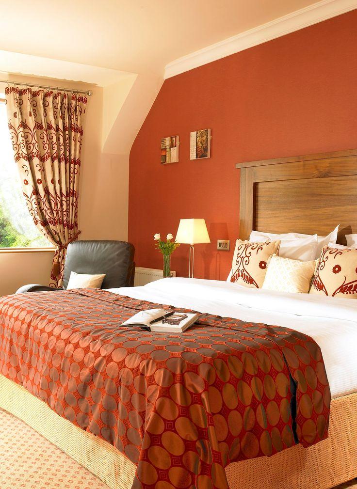The mountain views dominate the village of Glengarriff - Glengarriff Park Hotel, Cork
