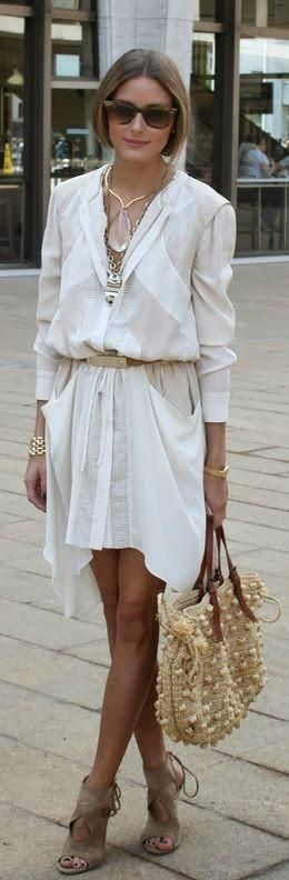 オリヴィア・パレルモはオールホワイトで清楚イメージ☆アクセなどの小物でボヘミアン感を出して。春夏ファッションのシャツワンピースのコーデ