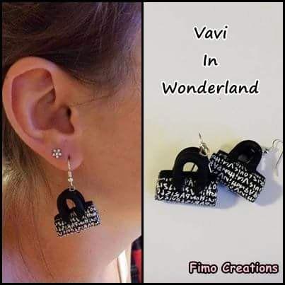 Guarda questo articolo nel mio negozio Etsy https://www.etsy.com/listing/226783447/fashion-black-white-french-bags-earrings