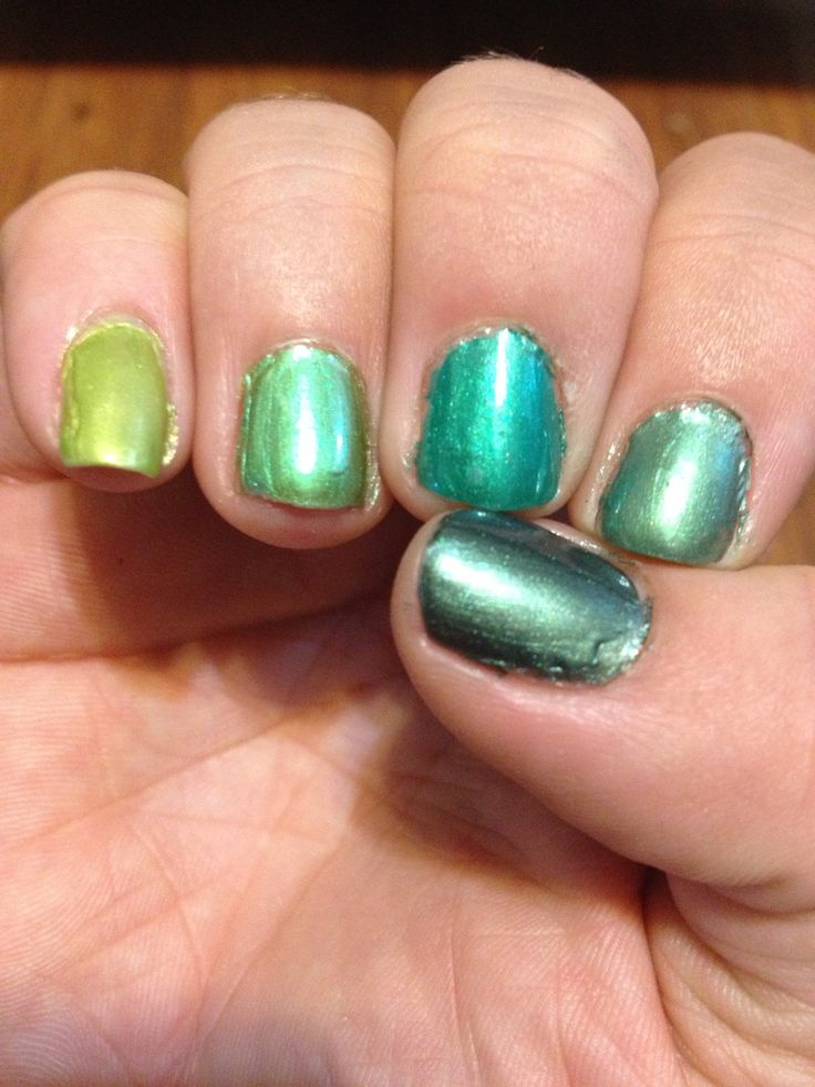 The Greens Ombré Nails Vapid Lacquer 3 Free hand made nail polish