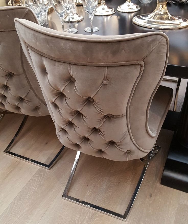 Larsson Buttoned Dining Chair
