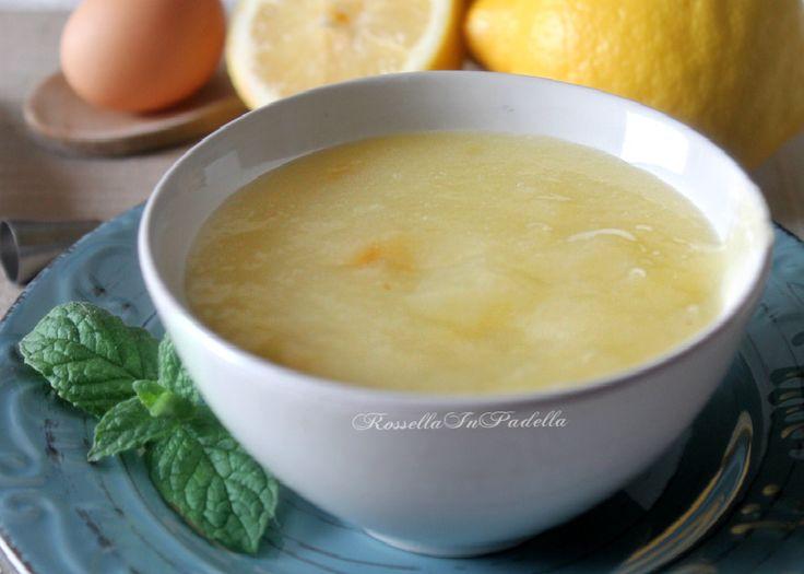 Crema al limone leggera, senza latte. Leggera, facile da preparare, ma, soprattutto, fresca. Un'intenso sapore al limone e niente latte.