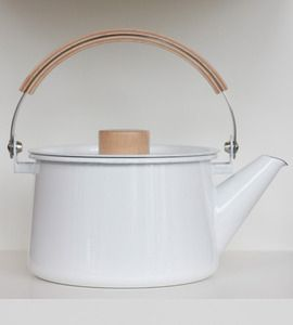 kaico enamel kettle. i want!