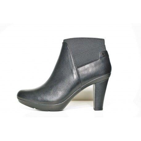 Bottine femme Geox inspiration en cuir noir www.cardel-chaussures.com