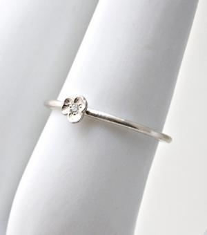 Delicate and dainty pansy ring.