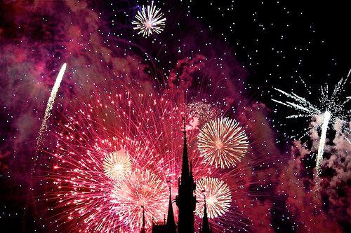 Картинка с тегом «fireworks, disney, and pink»