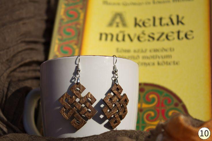 Coconut endless knot earrings