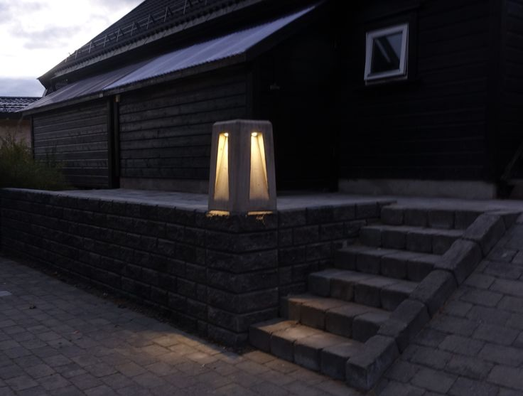Concrete outdoor lamp