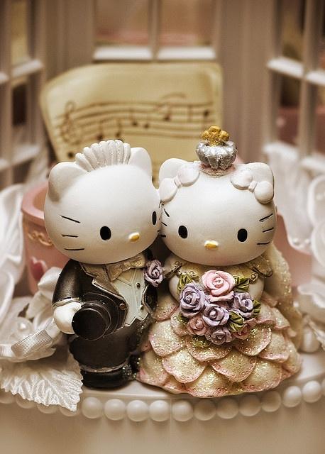 Hello Kitty & Dear Daniel, most adorable thing ever!: Wedding Cake Toppers, Hello Kitty Cakes, Hello Kitty Wedding, Idea, Weddings, Cakes Toppers, Hello Putty, Wedding Cakes, Dear Daniel