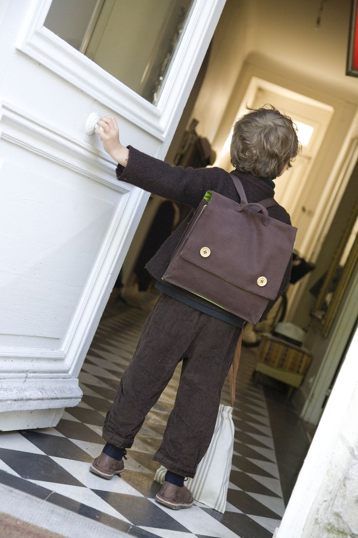 I want to go to school with my little bag !