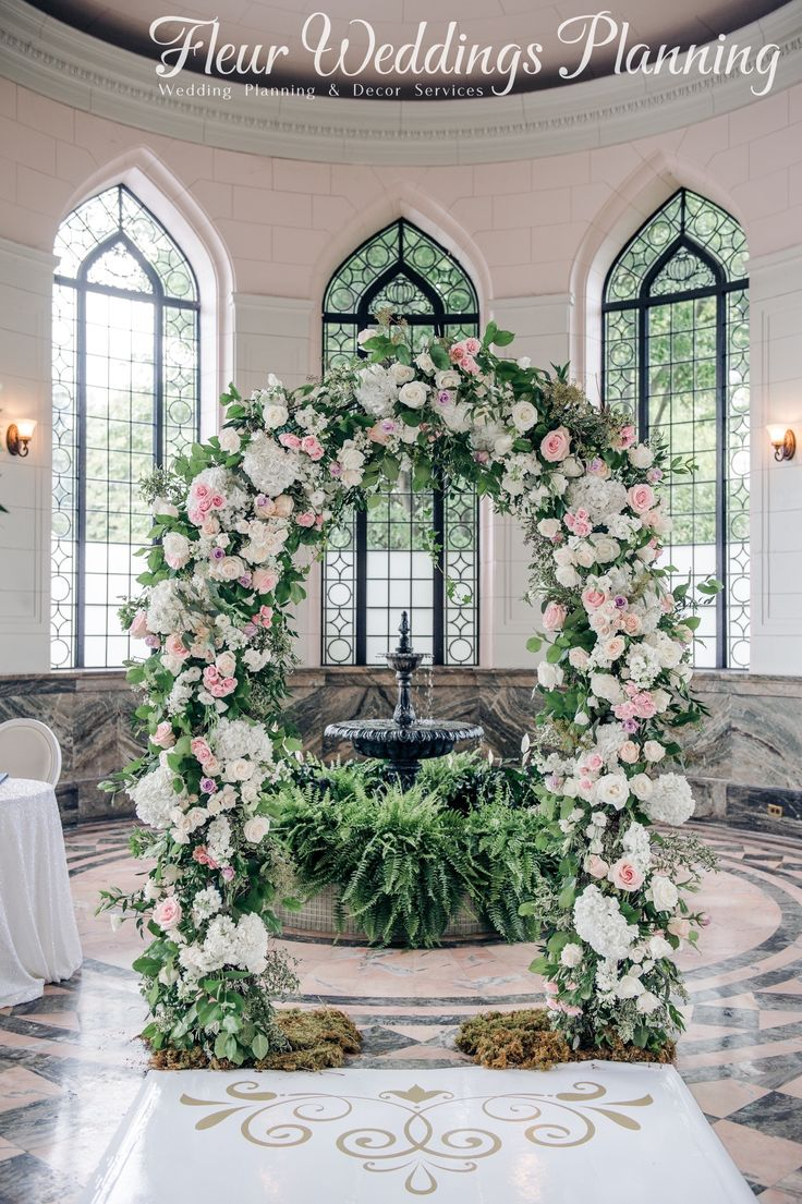 Arch in Casaloma #casalomaweddings #naturalcolor #toronto #greenhouse #green #pink #weeding