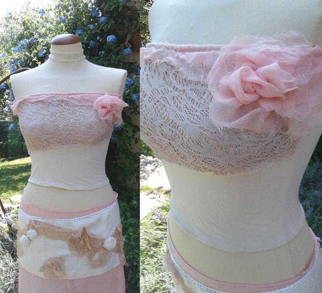 Top a fascia - Top rosa con fiore di tessuto drappeggiato a mano - un prodotto unico di SusannaSilicani su DaWanda