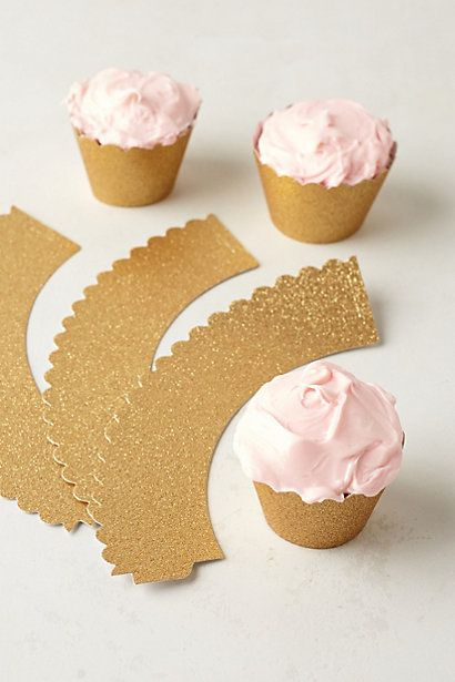 Glitter Scalloped Cupcake Wrappers