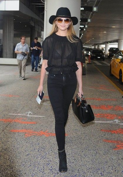 Head-to-toe black ensembles have always been an off-duty model's uniform, but now it's official: the monochromatic black look is in for fall, and it couldn't look more chic on Chrissy Teigen.