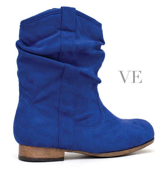 Edición Nº42. Revista VE. Especial de Zapatos 2013. Tienda: Candela.