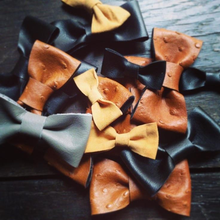 Bow tie leather  Nœud papillon en cuir