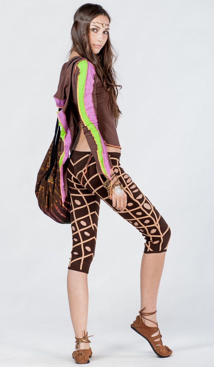 укороченные леггинсы, бриджи, гоа стиль, ZickenZone, фрик, freak style, goa style, psy, leggings. 3880 рублей http://indiastyle.ru/products/tunika-s-kapyushonom-turagor