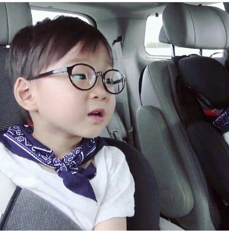 #Cr.kbs2 #Daehan Minguk ManSe #LalitaMuangman #Song's Cute Triplets