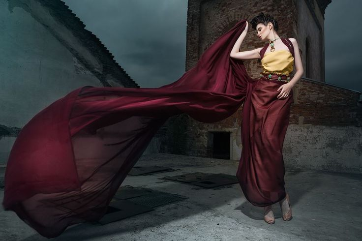 Photography: Daniel Ilinca - idaniphotography Make-up: Mirela Fazakas Hairstyle: Alina Maria Crisan - ACHA Outfit: Anca Crisan Model: Aisii Location: Moara Rasarit