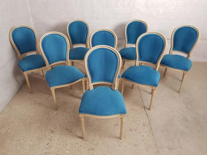 Gorgeous Set Of 8 Vintage French Reupholstered Blue Turquoise Louis Xvi Medallion Dining Chairs From Barn 51 Vintage Of Astoria Ny Attic Dining Chairs French Vintage Reupholster