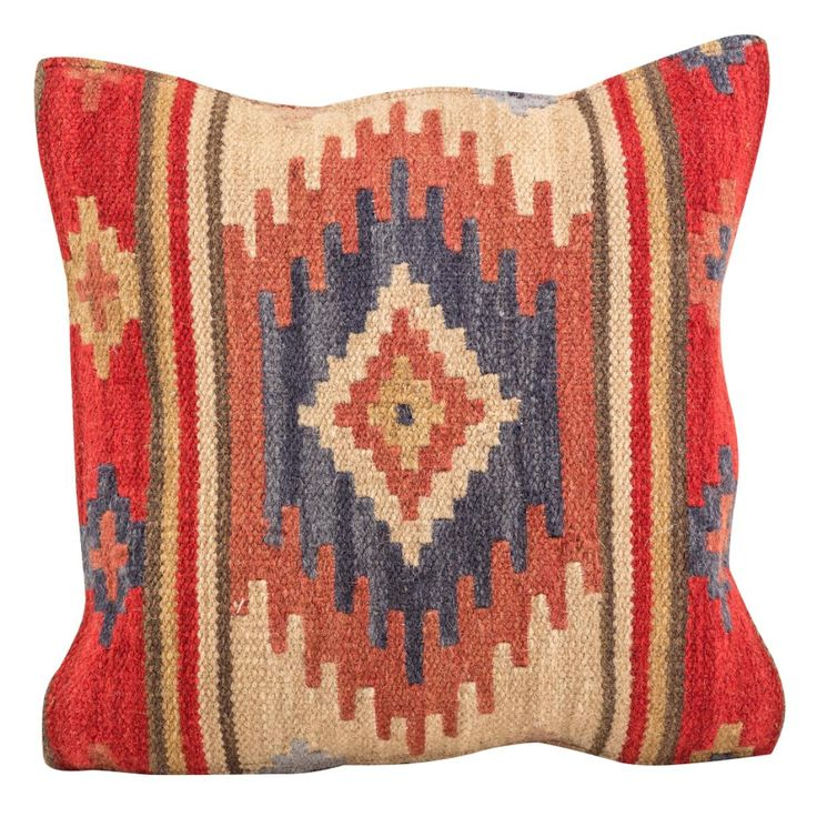 Kashi Wool Kilim Cushion is ideal for your living room, floor or even outside on the patio.  Handmade using a hardwearing wool and cotton mix, these traditional Kilim cushions have a natural texture.