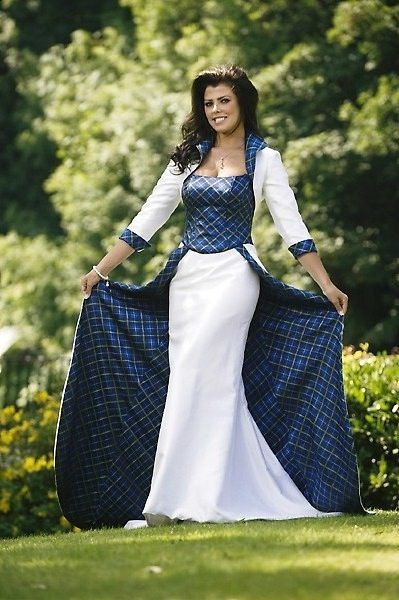 Nieve Jennings models Italian National Tartan Wedding dress
