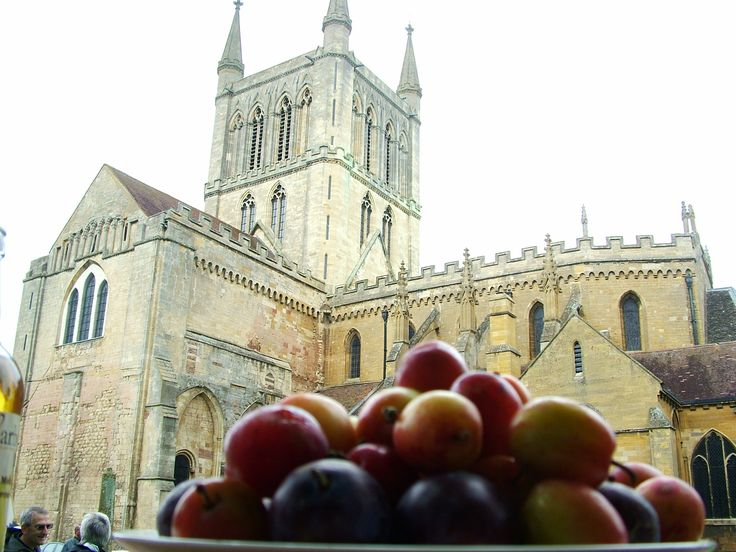 Pershore Plum Festival BH Mon 25 August - this will be our view again from our demo trailer. See you opposite the glorious Abbey, we'll have Head Chef Nigel Cooke from St Andrews Hotel, Droitwich with us cooking all things - plums!