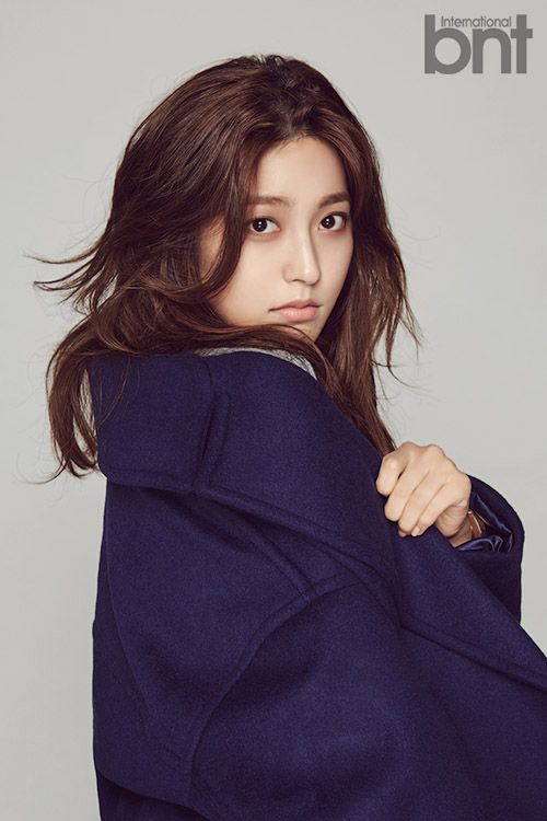 Actress Park Se Young poses for the fashion magazine bnt and sits down for an interview. Park Se Young is seen dressed in various combinations of knits an