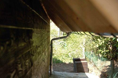 Vandaag houden we het gemakshalve maar bij een serie foto's van het opbouwen van de kapconstructie. Het wordt een sporenkap, voor de leken onder ons een korte uitleg: De oudste middeleeuwse kappen die...